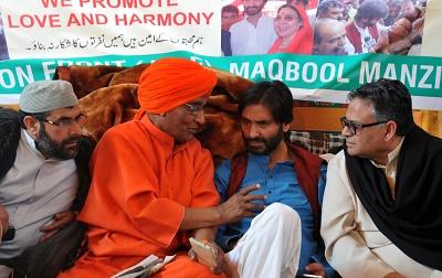 Centre bans Yasin Malik-led JKLF under anti-terror law