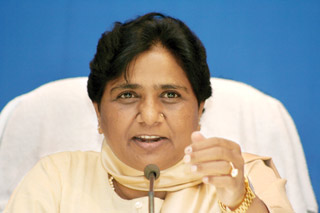 BSP to contest all future elections alone: Mayawati