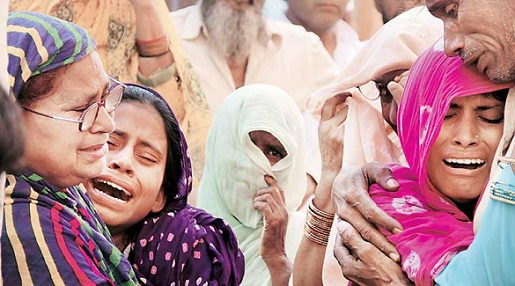 Muzaffarnagar riots: Akhilesh announces Rs 15 lakh to families of missing persons
