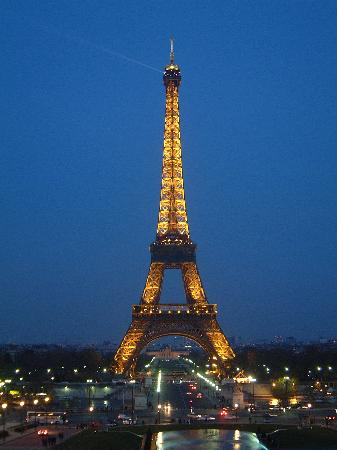Eiffel tower to be turned into rental apartment