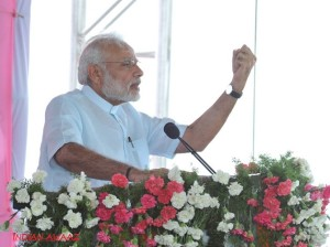 PM Modi accuses Congress of misleading people since independence