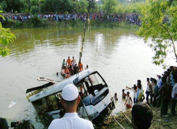 bihar-bus-accident