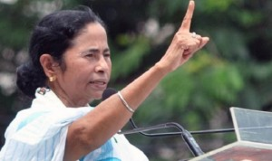 Mamata Dares PM Modi, Amit Shah to Compete With Her on Chanting Mantras