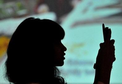 Govt mulls jammers in schools to prevent porn websites
