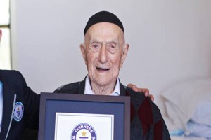 WORLD OLDEST MAN