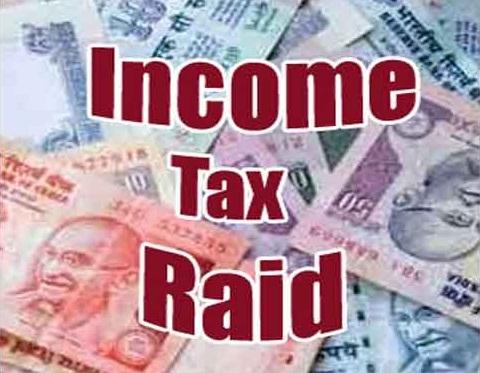 income-tax-raid