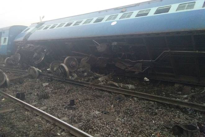 At least three killed as Vasco Da Gama express derails in UP