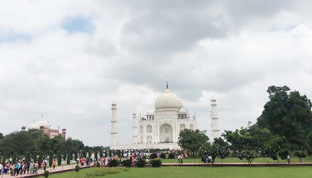 Centre approves Metro Rail Project for City of Taj Mahal, Agra