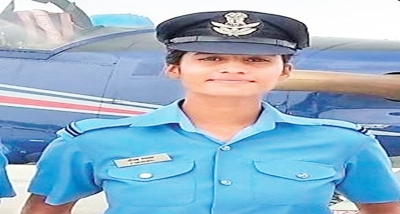 Tea seller's daughter joins Indian Air Force