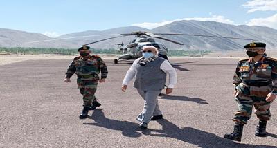 PM Modi makes surprise visit to Leh (Ladakh)