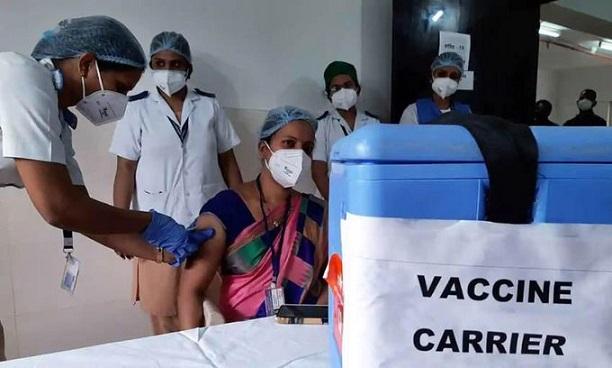 Govt allows round clock Covid-19 vaccination to speed up immunisation